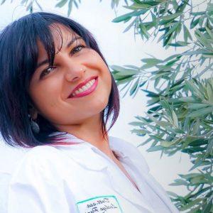 Leslye Pario